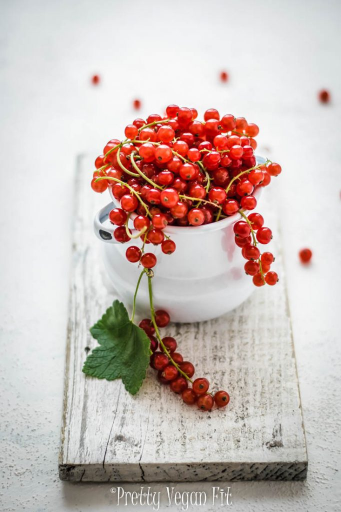 Health benefits of eating vegan. Vegan lifestyle benefits. Red currants